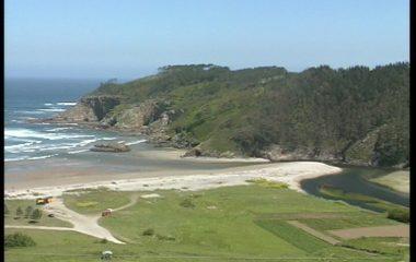 Costas estudiará la ordenación de uso en las playas de Otur y de Cueva (Valdés)