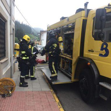 Simulacro de evacuación en la Residencia La Milagrosa de Vegadeo