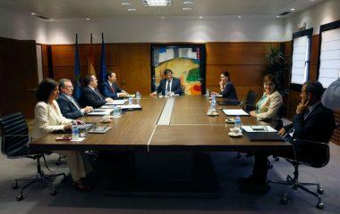 Benigno Fernández Fano, Viceconsejero de Medio Ambiente y Pilar Alonso, Directora General de Interior