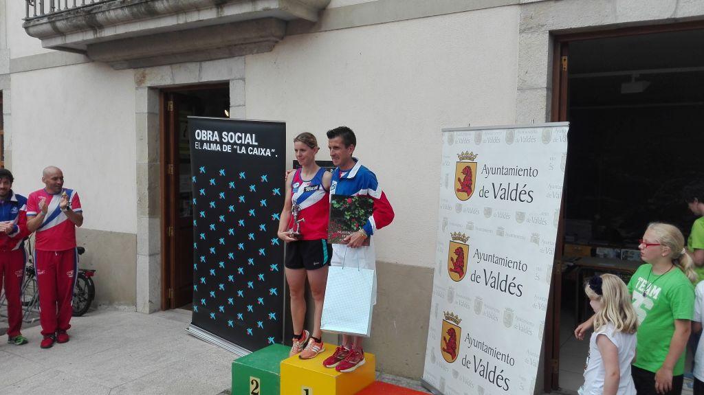 Ginzo y Beatriz Tenreiro, ganadores de la II Carrera Popular 5 kms Villa de Luarca