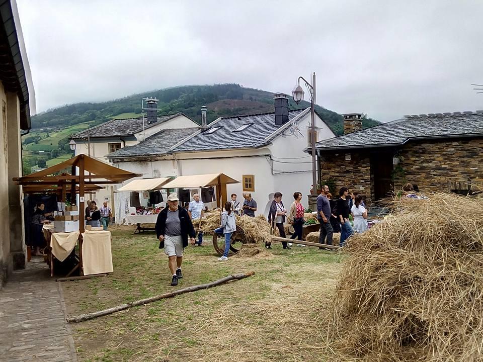 Éxito del II Mercado Tradicional de Taramundi