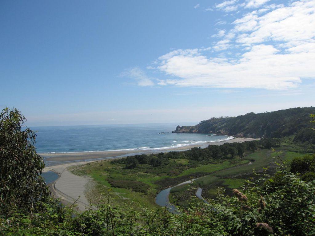 Populares de Valdés y Navia piden reclasificar la playa de Barayo para que cuente con socorristas el próximo verano