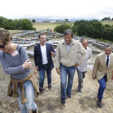 """Genaro Alonso (consejero de Cultura): """"nadie quiere hacer daño a un yacimiento"""" con la relevancia del Chao Samartín"""