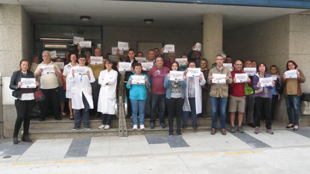 El ayuntamiento de Ribadeo apoya la movilización en defensa de la Sanidad Pública en A Mariña