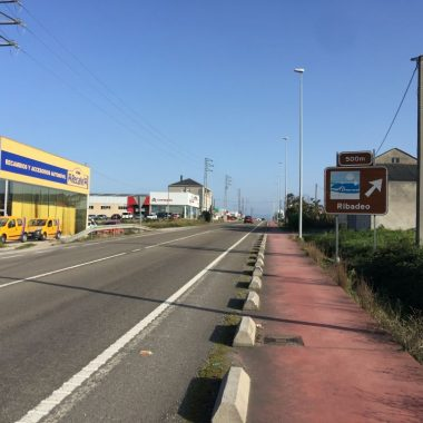 Diputación de Lugo y ayuntamiento de Ribadeo destinarán 500.000 € a urbanizar la Avenida Ría de Ribadeo