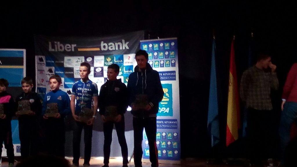 Tres Corredores de nuestra Comarca Galardonados en la Gala del Ciclismo Asturiano