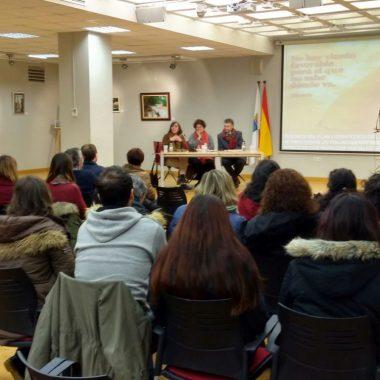 Se presenta en El Liceo de Navia el I Plan Estratégico de Voluntariado Social del Área I