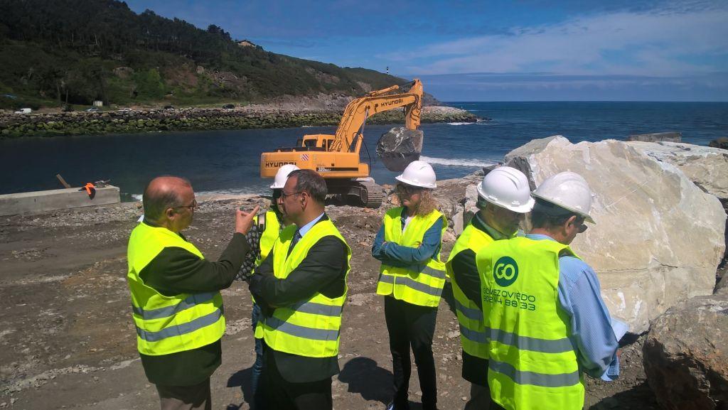 Infraestructuras apuesta por un nuevo proyecto para el espigón de la Ría de Navia, dando por finalizada la actuación de emergencia con la que se restauró