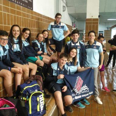 Buenos resultados de los nadadores naviegos en Mieres. Laura Pérez convocada para un Campus de la Selección Española Alevín