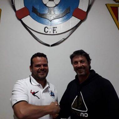 Raúl García continuará como entrenador del Puerto de Vega