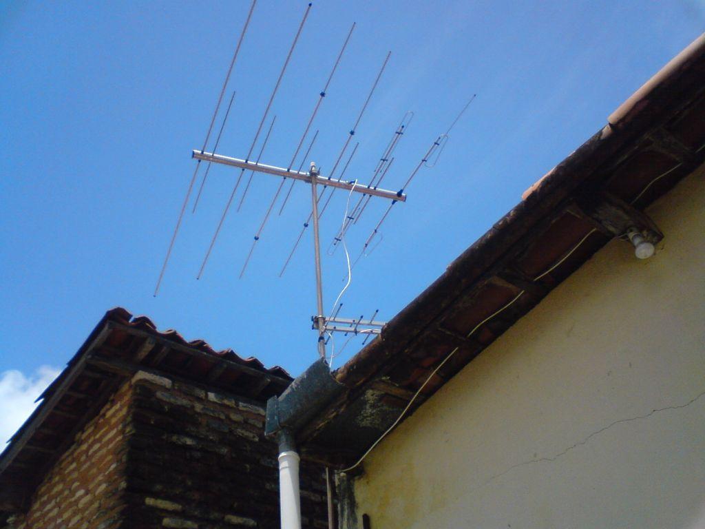 En busca de soluciones a la deficiente señal de TV en Valdés