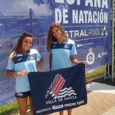 Buena actuación de las nadadoras naviegas Sabina y Lucía en el Nacional Junior de Sevilla