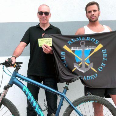 Remeros del Eo hizo Entrega de su Bicicleta
