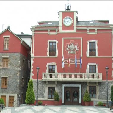 Navia quiere incorporarse a la Red de Ciudades Amigables con las Personas Mayores