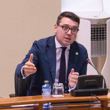 """Daniel Vega: """"la Xunta incrementa en más del 64% el Servicio de Atención en el Hogar"""""""