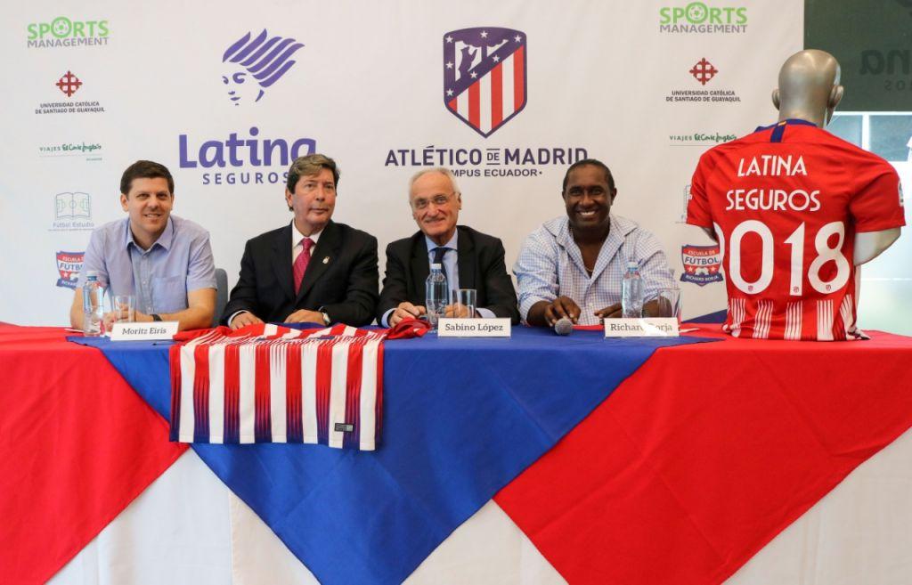 Presentación del Campus que el Atlético de Madrid realizará en Guayaquil, promovido por un veigueño