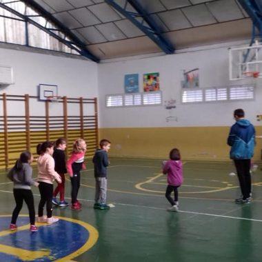 La Federación Española de Rugby se hace eco de la labor de promoción que realiza el Navia Rugby Club en los Centros Escolares de la Comarca
