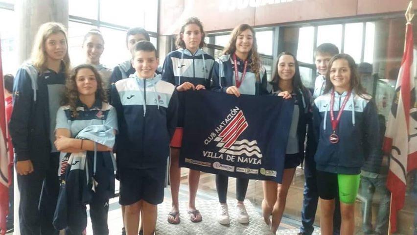 Buenos Resultados de los Nadadores Naviegos en el Trofeo de Navidad del Grupo Covadonga