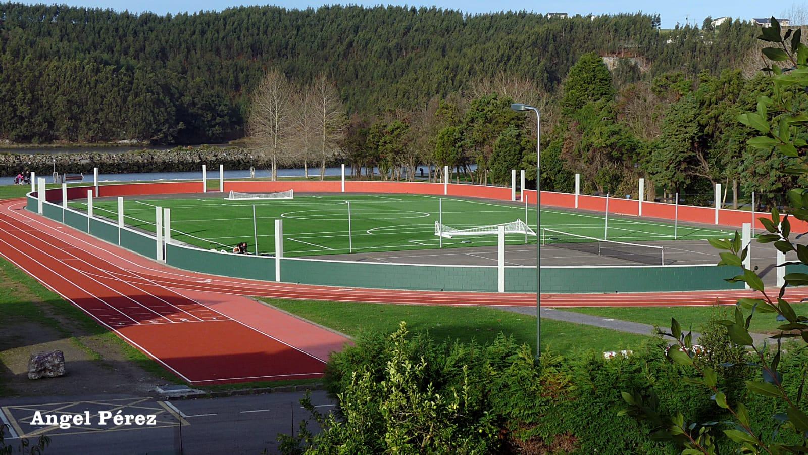 Inauguración de las instalaciones deportivas de El Pardo (Navia)