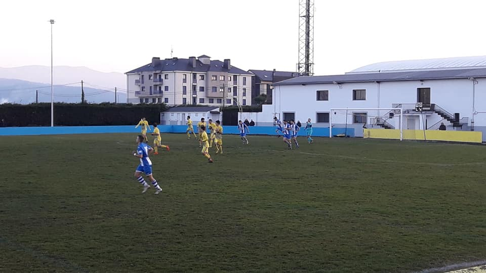 Triunfo de la UD Castros frente al Treviense (1-0).
