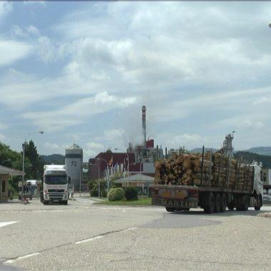 """La fábrica de Ence en Navia """"produce el doble de la energía que consume"""""""