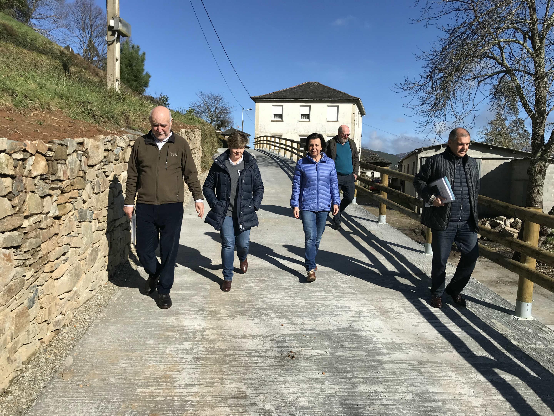 Desarrollo Rural invierte 139.635 euros en la reforma de tres caminos en Villayón y Boal