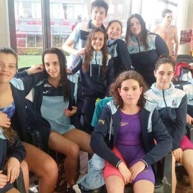 Buenos Resultados de los Nadadores Naviegos en el Trofeo de la Sidra