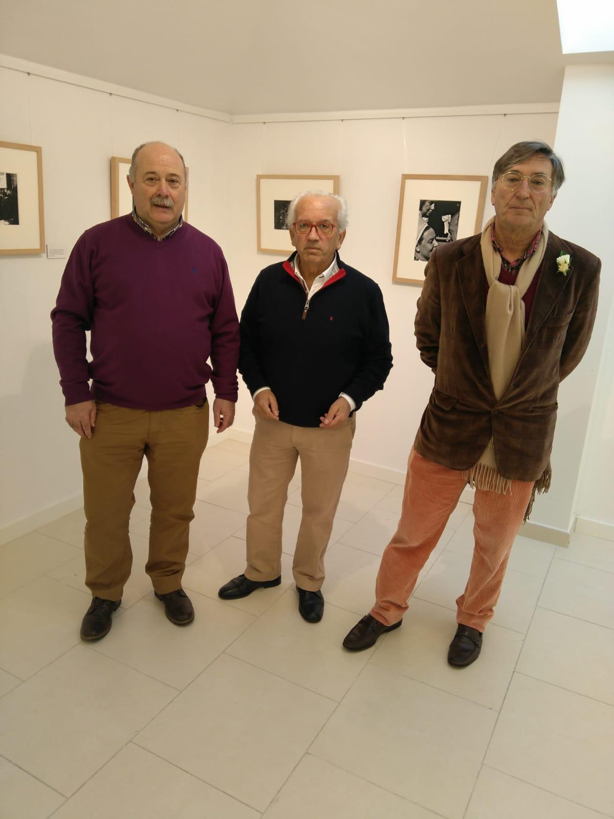 """Inaugurada la muestra """"40 años de Constitución Española"""" en la nueva Sala Álvaro Delgado de Luarca (Valdés)"""