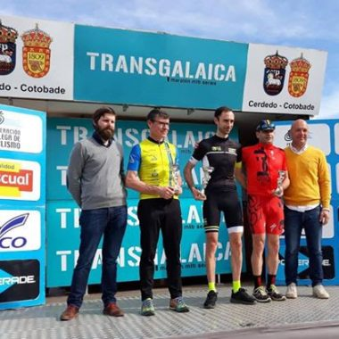 El castropolense Ovide, bronce máster-50 en el inicio de la Transgalaica Maratón BTT