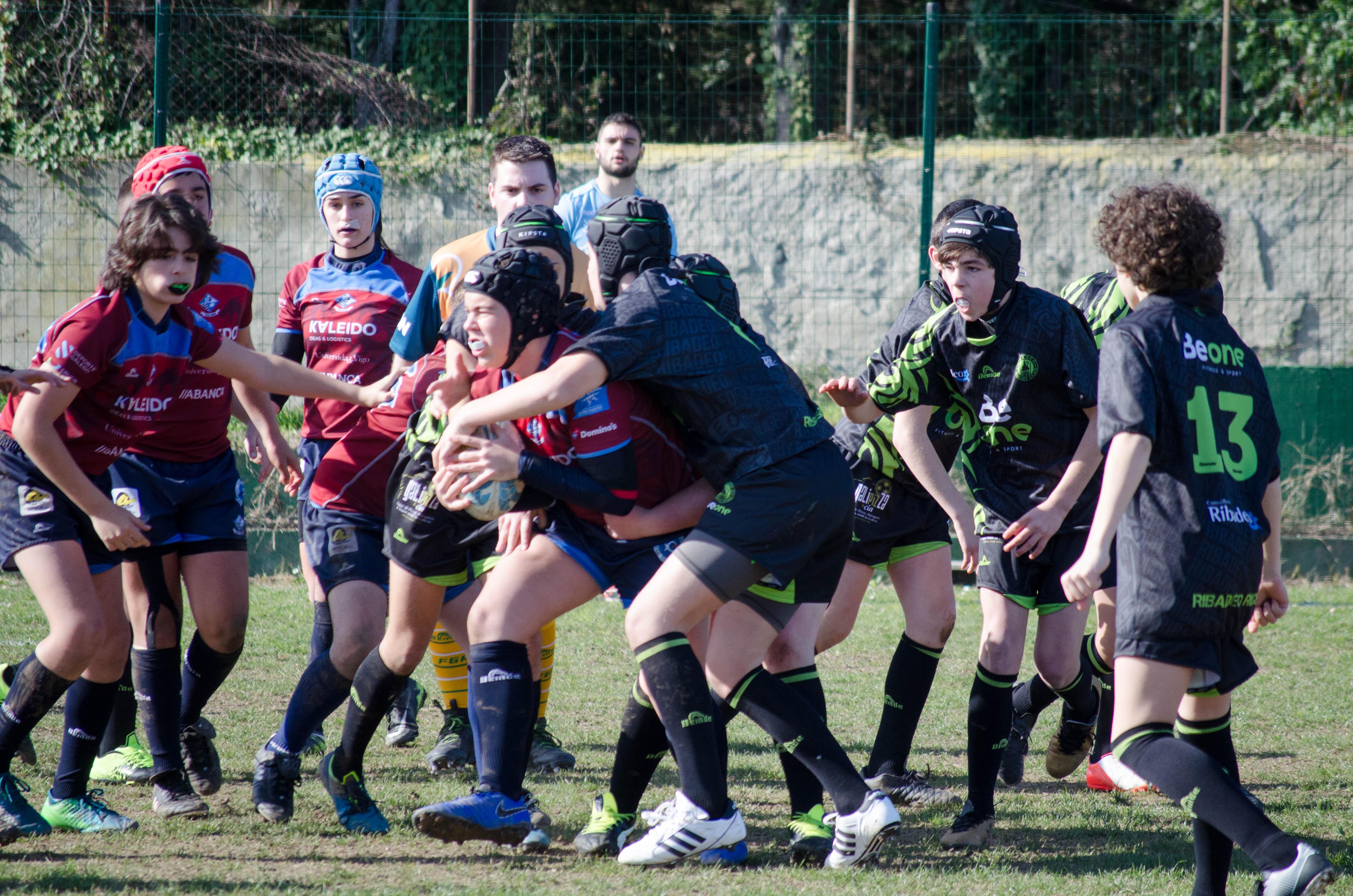 El Vigo Rugby pasó como una apisonadora ante el Beone Ribadeo que a pesar de todo se mantiene 3º del Autonómico