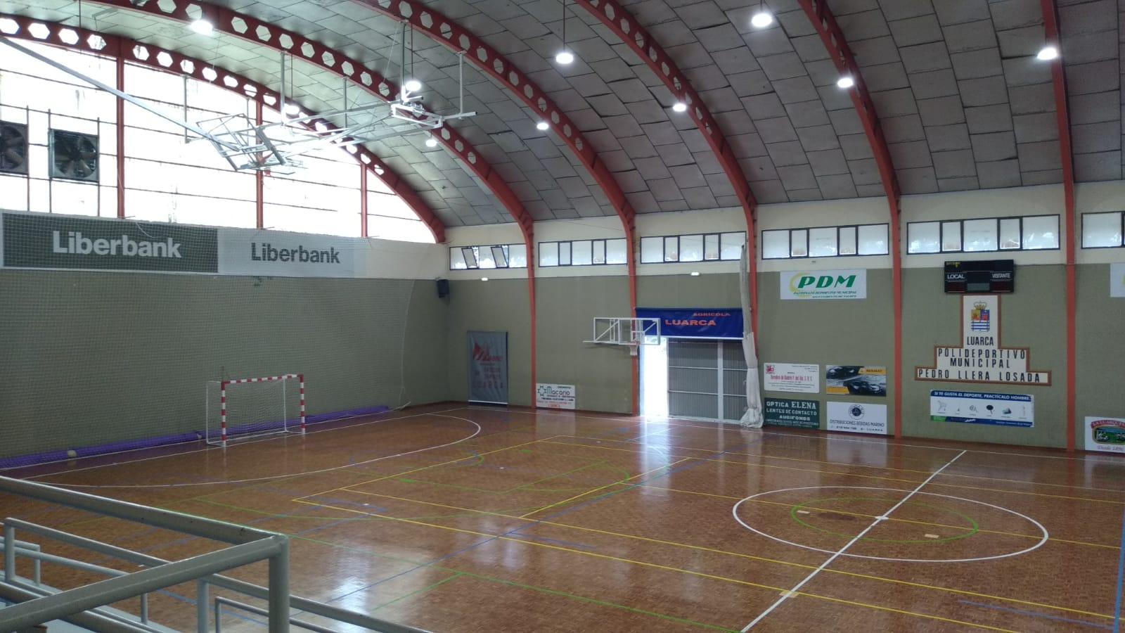El Ayuntamiento del Valdés reabre al público el Polideportivo Pedro Llera en horarios de 10 a 13 horas y de 16 a 20:30 horas