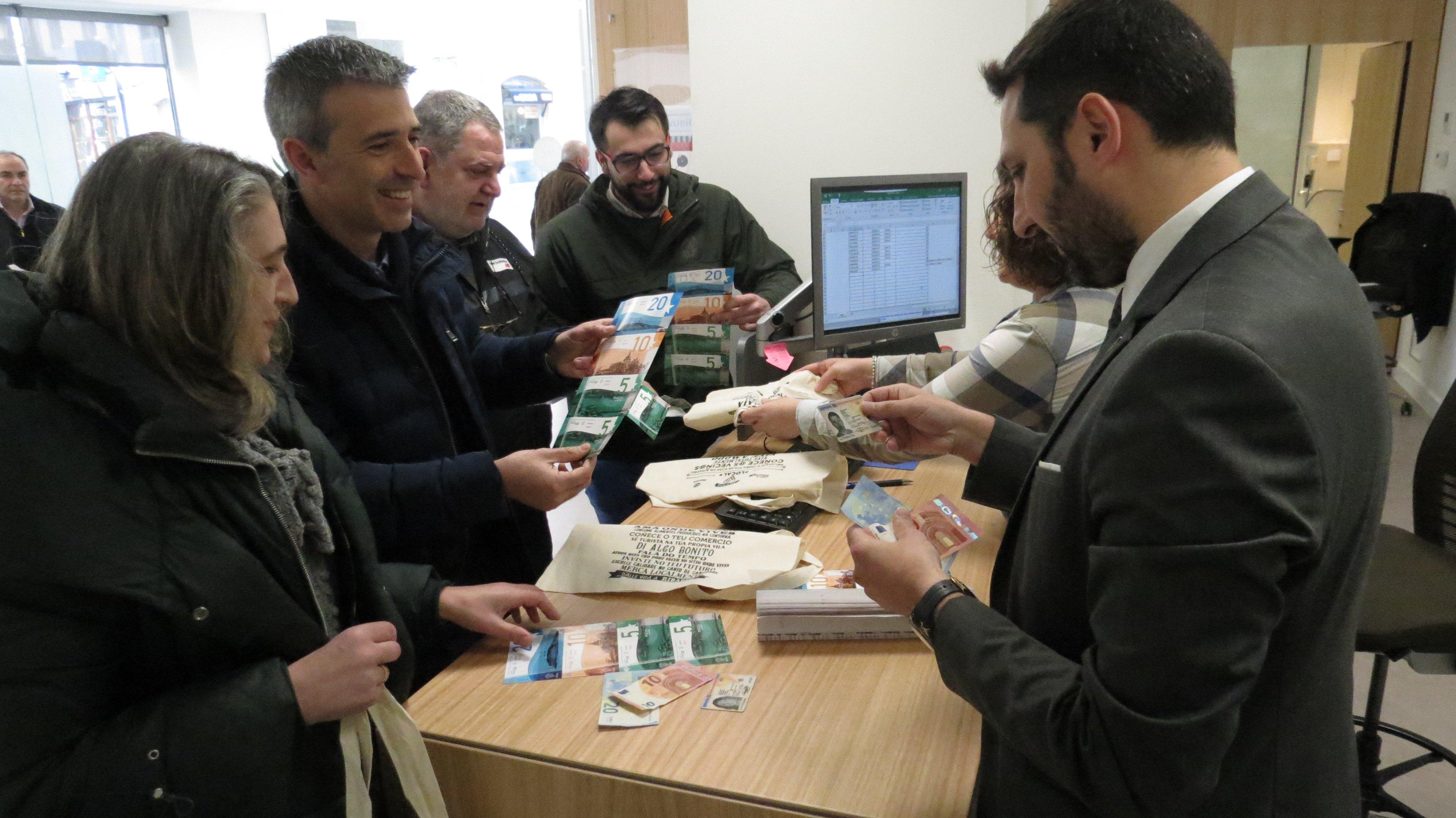 """""""Éxito rotundo"""" de la campaña de """"panchas"""" para dinamizar el comercio local de Ribadeo"""