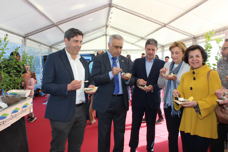 Comienza el VI Festival de la Ostra de Castropol