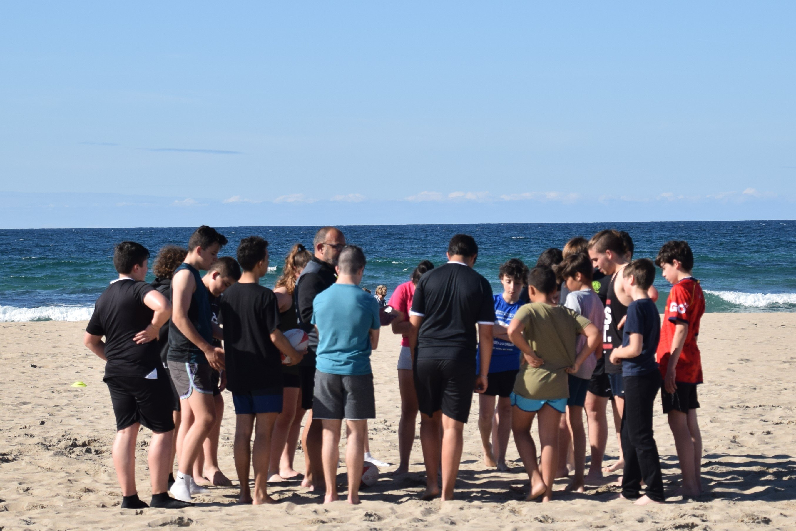 El Beone Ribadeo en colaboración con As Poleas y el Ayuntamiento de Tapia presentará Tres Equipos en los Juegos Deportivos de Rugby Playa