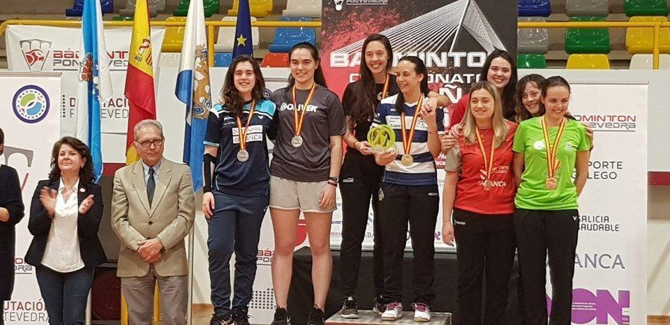 Laura Santos (Club San Amaro), Subcampeona de España en DF Absoluto de Bádminton en Pontevedra