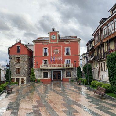 El ayuntamiento de Navia establece un dispositivo especial de control y seguridad tras la suspensión de las fiestas patronales.