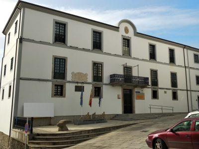 Astilleros Gondán dona 3.000 euros para que el ayuntamiento de Castropol ayude a las familias más vulnerables del municipio