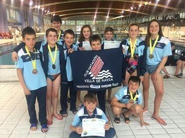 Buenos Resultados de los nadadores Benjamines y Alevines Naviegos en Oviedo