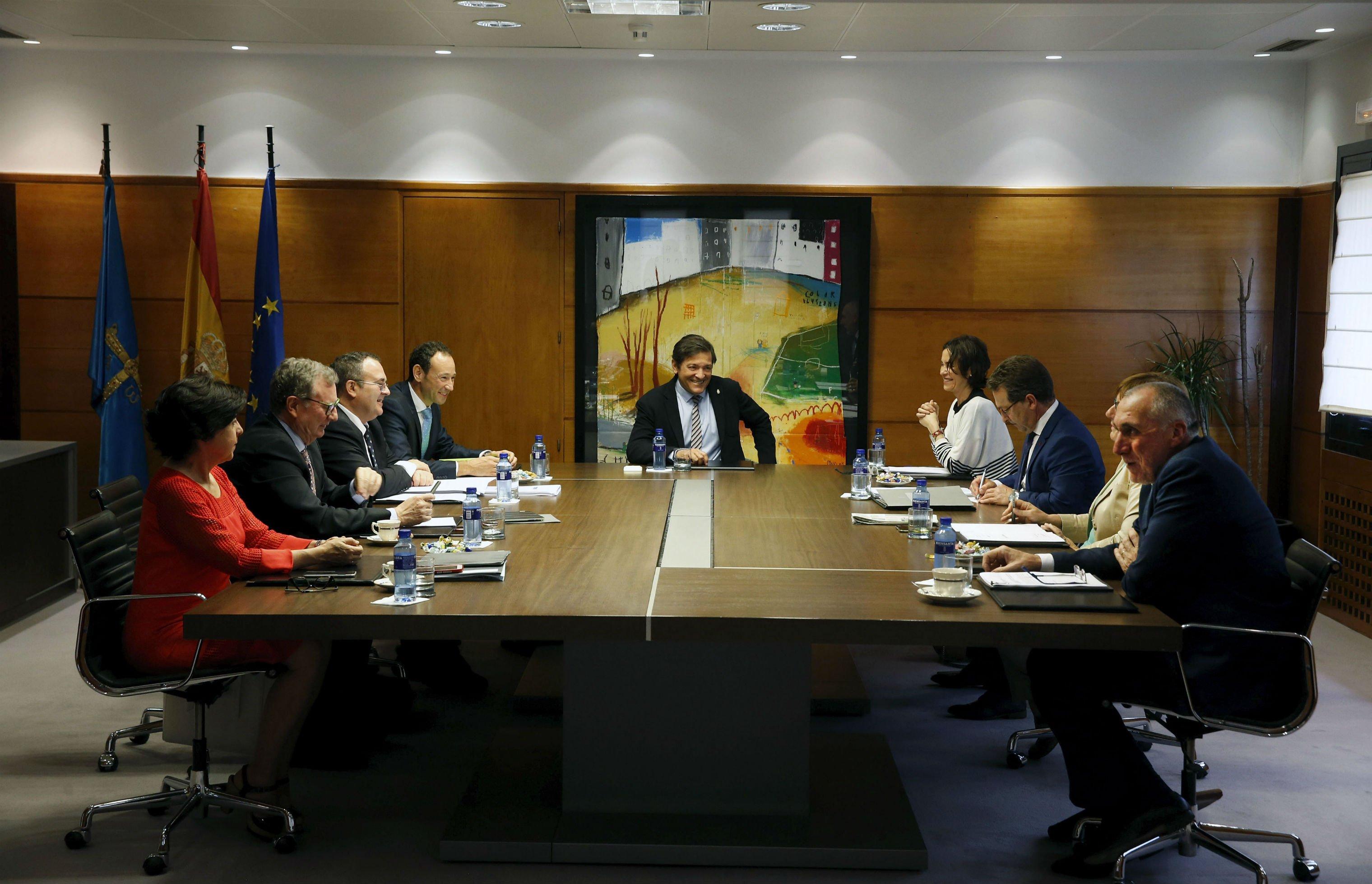 El Gobierno de Asturias aprueba un gasto de 29,2 millones para facilitar el acceso al empleo de parados y personas con discapacidad