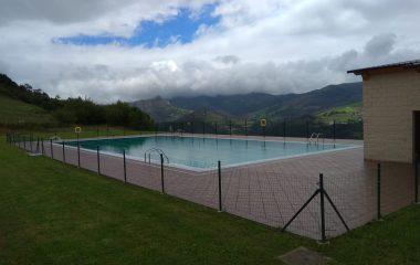 Abre la piscina municipal de Villayón