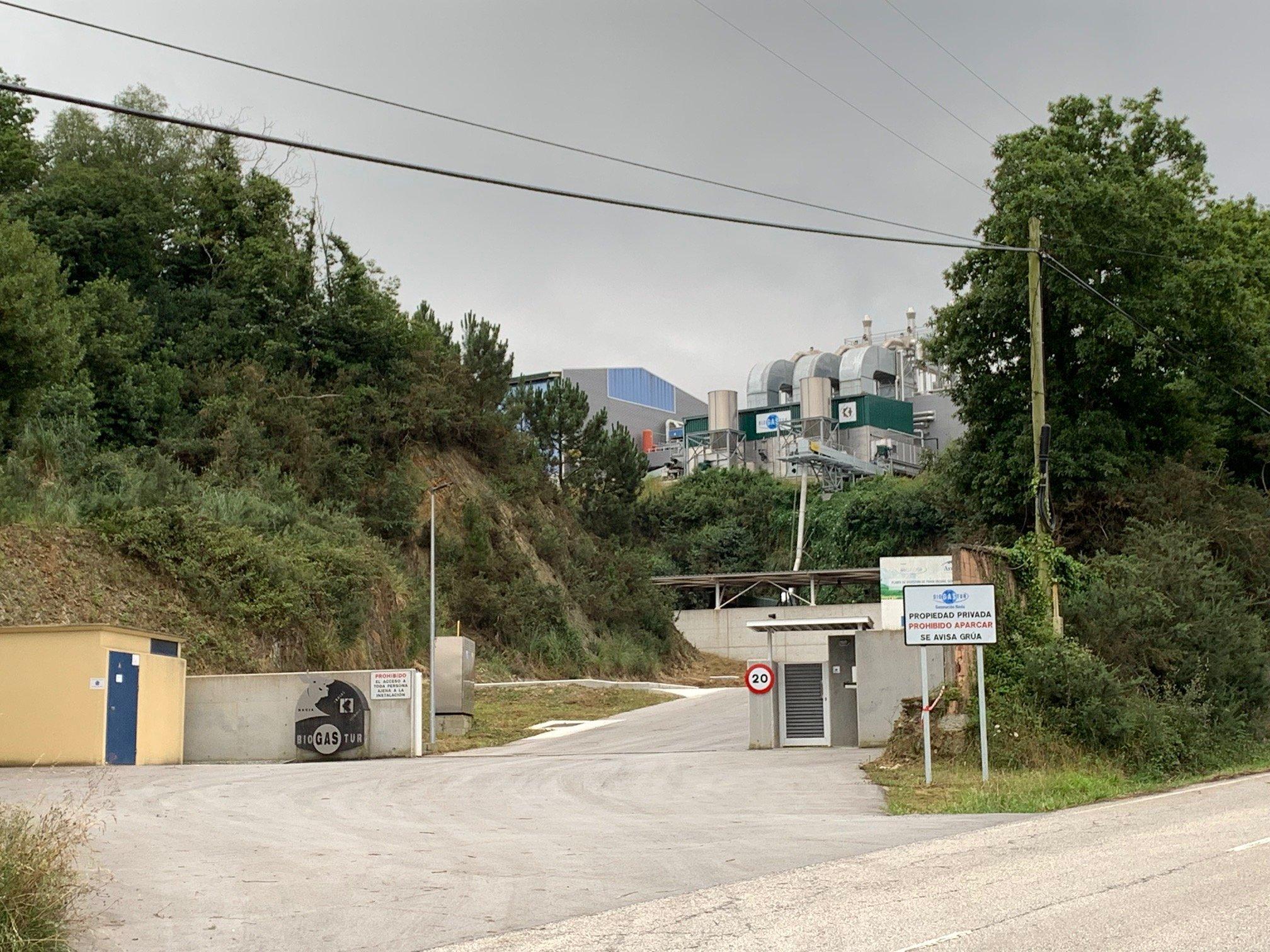 El Equipo de Gobierno de Navia (PSOE-IU) pide que se regularice la gestión empresarial de la planta de purines de Biogastur