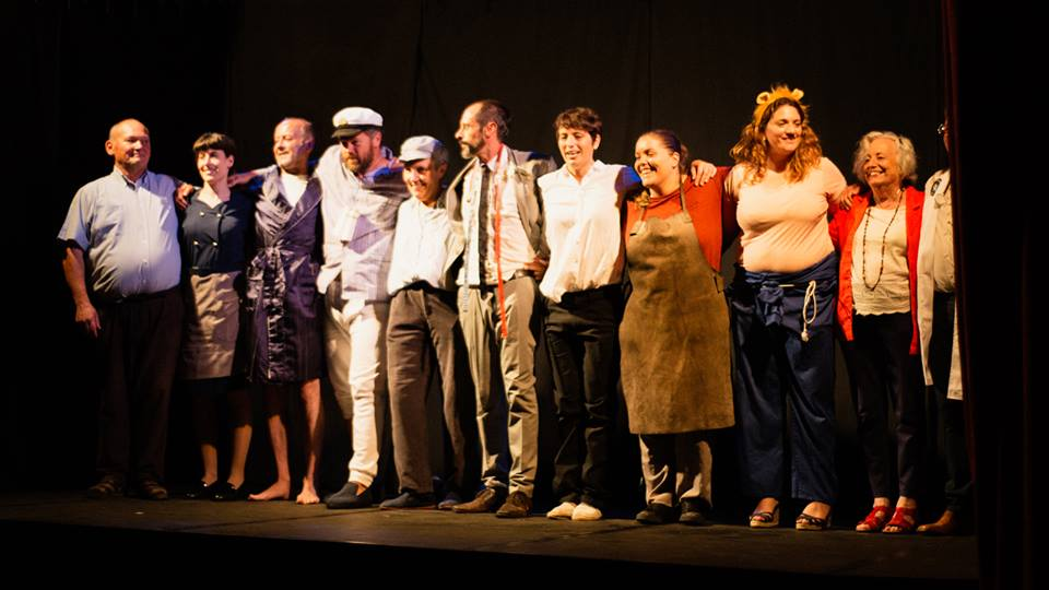 Lumieira Teatro, escribindo obras y fendo representacióis desde Santalla d' Ozcos