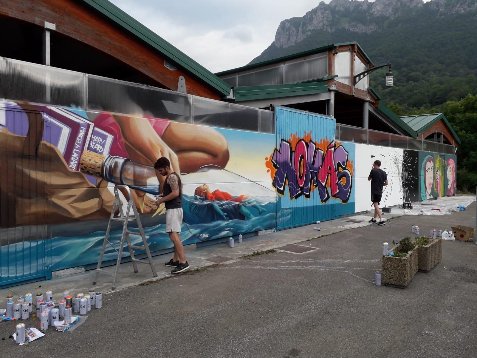 Campo de Caso acogió el Certamen de Grafitis contra la Violencia de Género