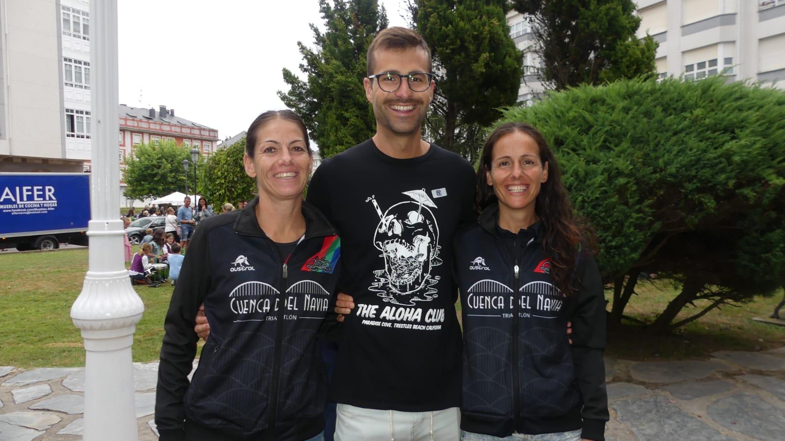 Los Hermanos Naviegos Verónica, Natalia y Fran Valle del Río, nadaron por primera vez juntos la distancia de 2.400 metros del Descenso