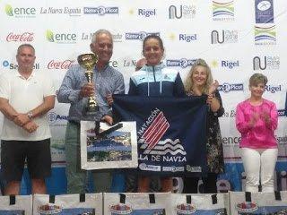 Laura Pérez (CN Villa de Navia), vencedora en Menor A Femenino del 62 Descenso a Nado de la Ría de Navia