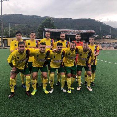 El Andés se adjudicó el Trofeo de la Amistad tras vencer al Ribadeo en los penaltis