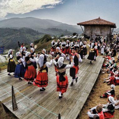 El domingo 25 de agosto, Cadavedo (Valdés) celebra La Regalina