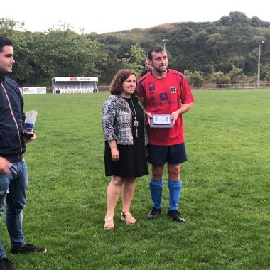 El CD Gozón se adjudicó el Trofeo Ayuntamiento de Tapia