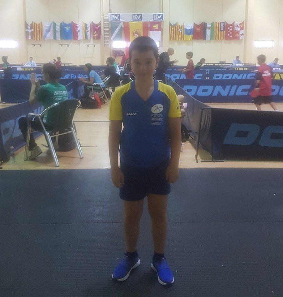 Continúa la actividad en el Luarca Tenis de Mesa con entrenamientos y participación en Torneos