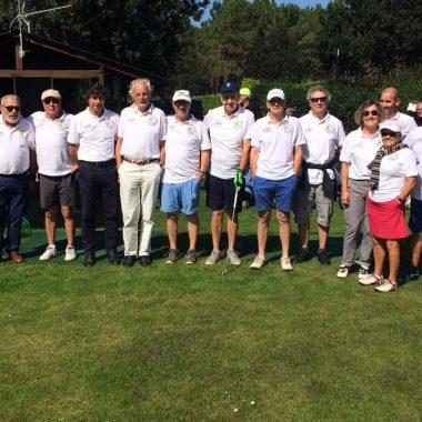 El equipo de Tapia se impuso al de El Franco en el VI Desafío Porcia de Golf celebrado en Cierro Grande